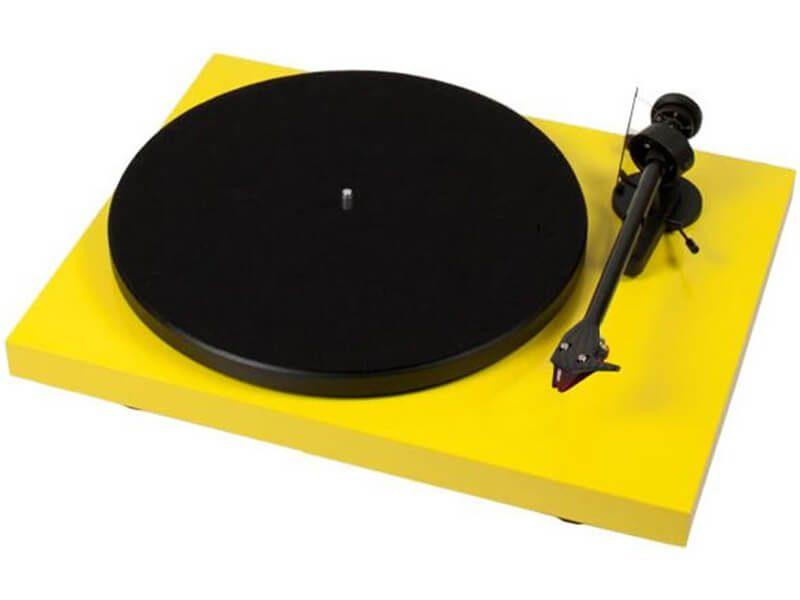 Pro-Ject lemezjátszó Debut Carbon (DC) sárga